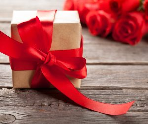 Find the Cheapest Shipping Rates | Discount Couriers - (En) e-Commerce Business on Valentine's Day